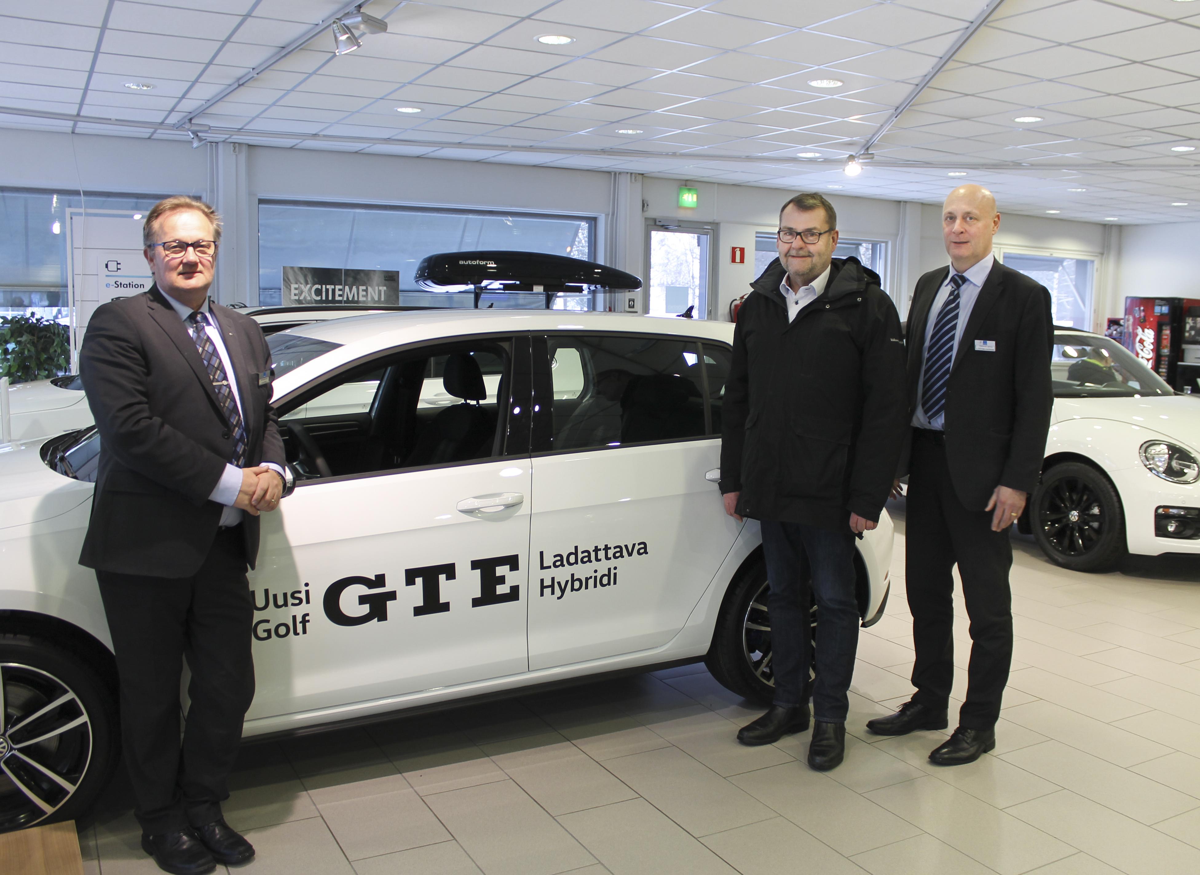 Uusi e-Golf tulee myyntiin Oulussa - Pörhö